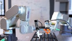 Image: robots during battery production; Copyright: Daniel Messling, KIT
