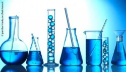 Image: Test-tubes with blue liquids and hydrogel-balls; Copyright: panthermedia.net/belchonock