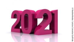 Image: The year 2021 in big pink numbers; Copyright: PantherMedia/Letizia Concetta Giuffrida
