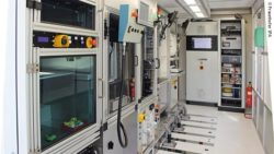 "Image: view inside the ""CassaMobile""; Copyright: Fraunhofer IPA"