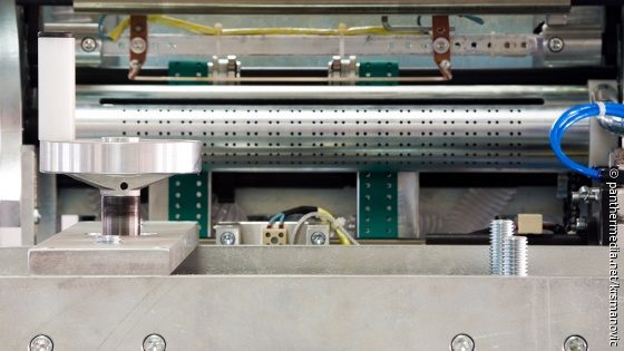 Picture: The interior of a packaging machine; Copyright: panthermedia.net / krsmanovic