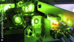 Photo: Tool works with green laser