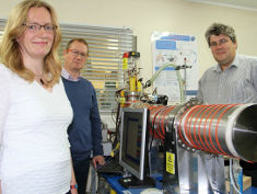 Photo: Mass spectrometer and research team